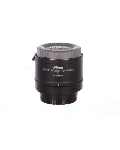 Nikon TC20 EIII teleconverter, MINT! 6 month guarantee