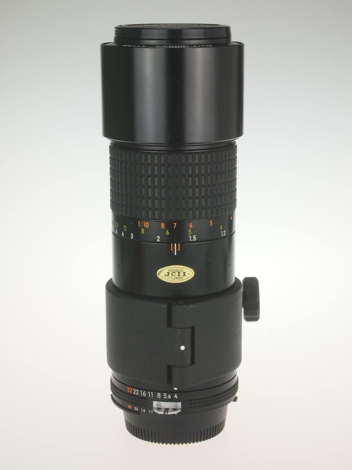 Nikon 200 f4 Micro-Nikkor, AIS mount, almost mint!