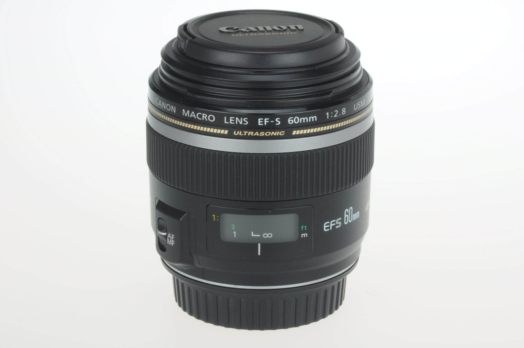 Canon 60mm f2.8 Macro EF-S lens, virtually mint!