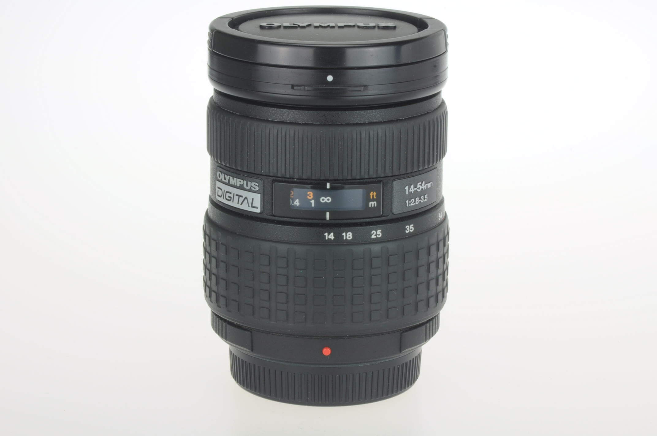 Olympus 14-54mm f2.8-3.5 4/3 mount lens, almost mint!