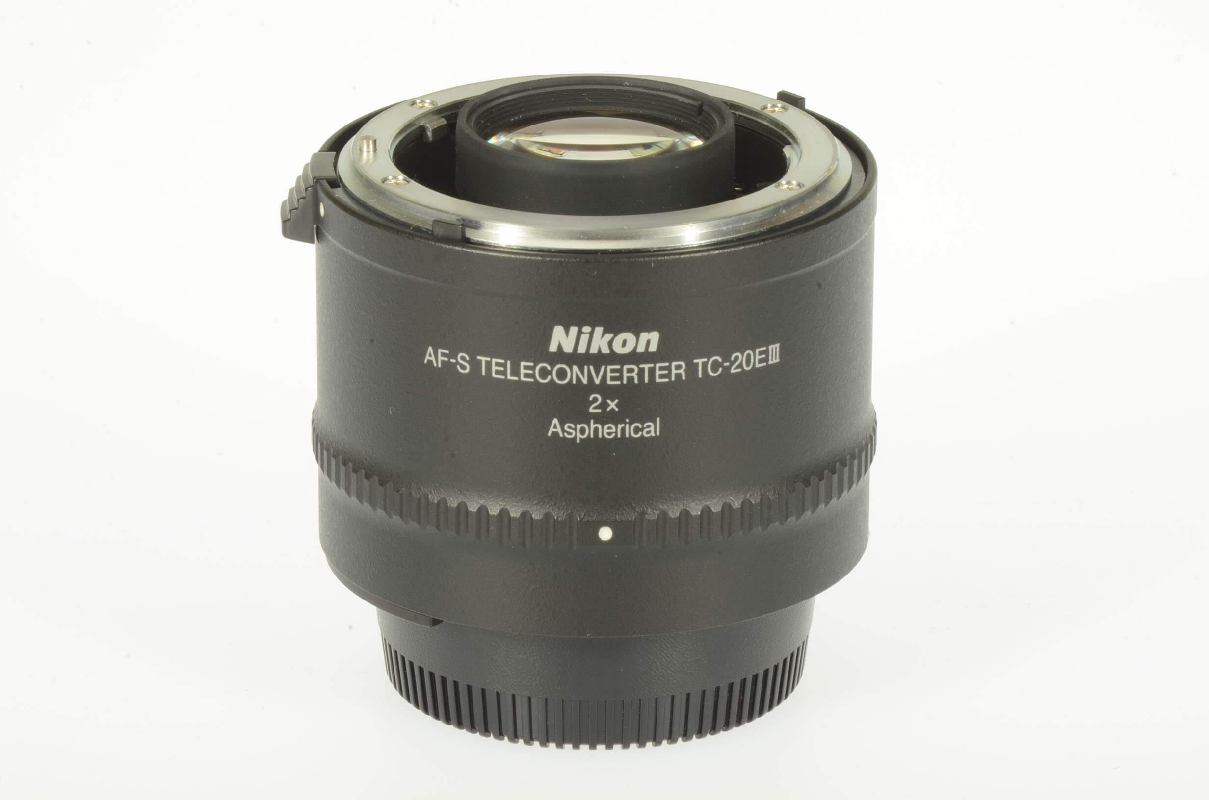Nikon TC-20EIII 2x teleconverter, mint!