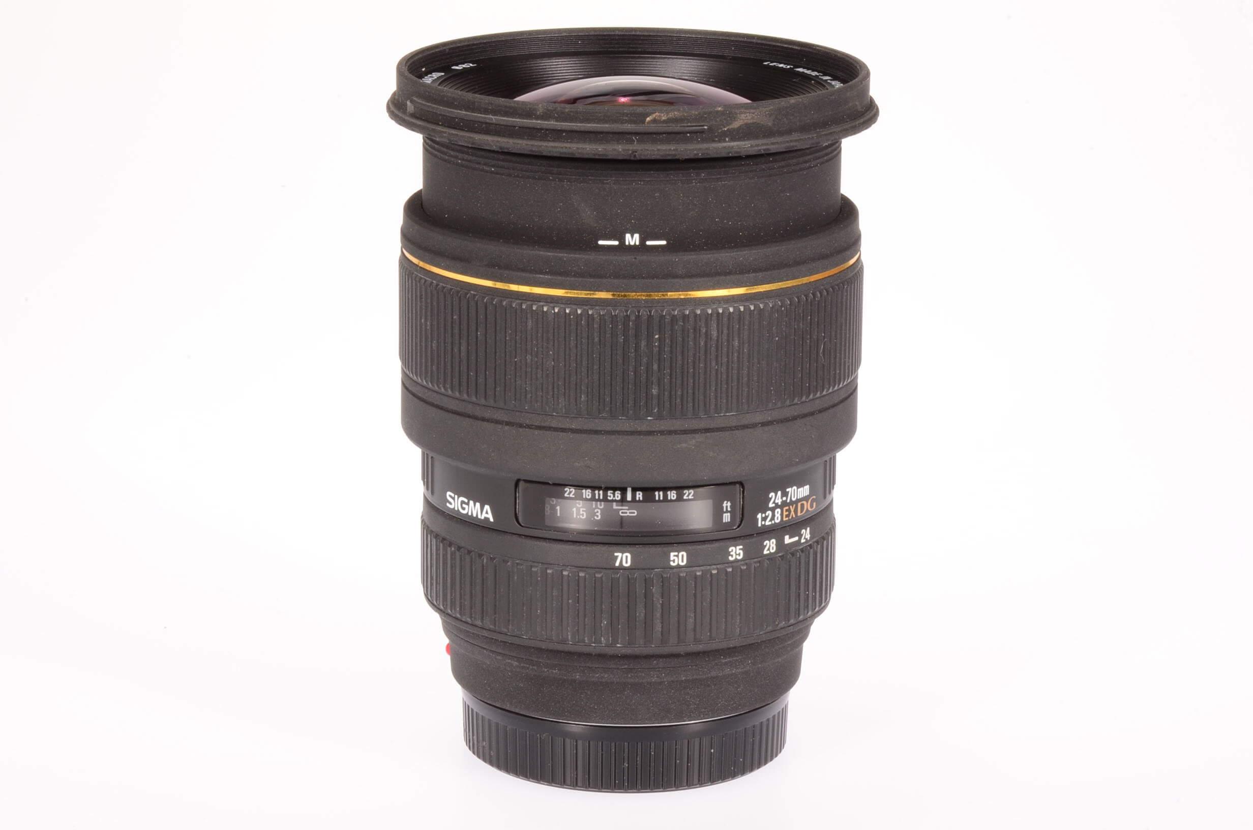 Sigma 24-70mm f2.8 EX DG lens, Sony/Minolta mount