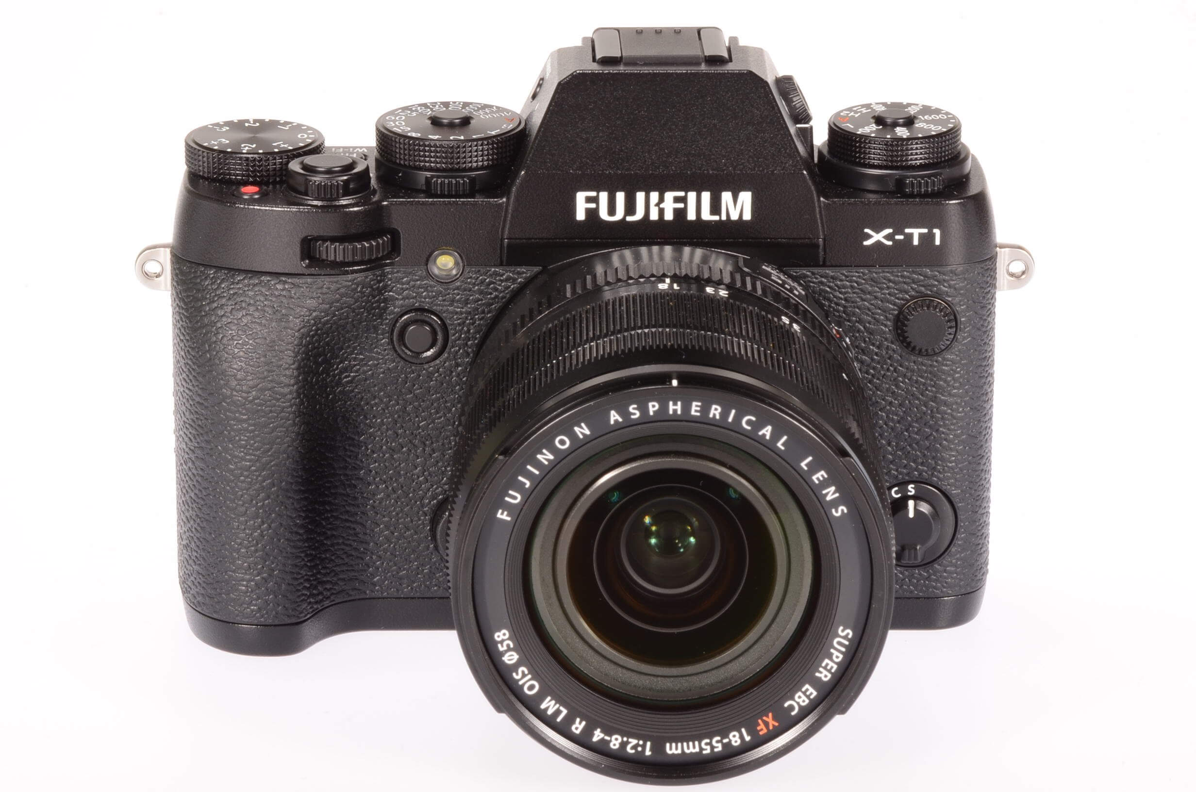 Fuji X-T1 with 18-55mm XF lens, only 4 weeks old!