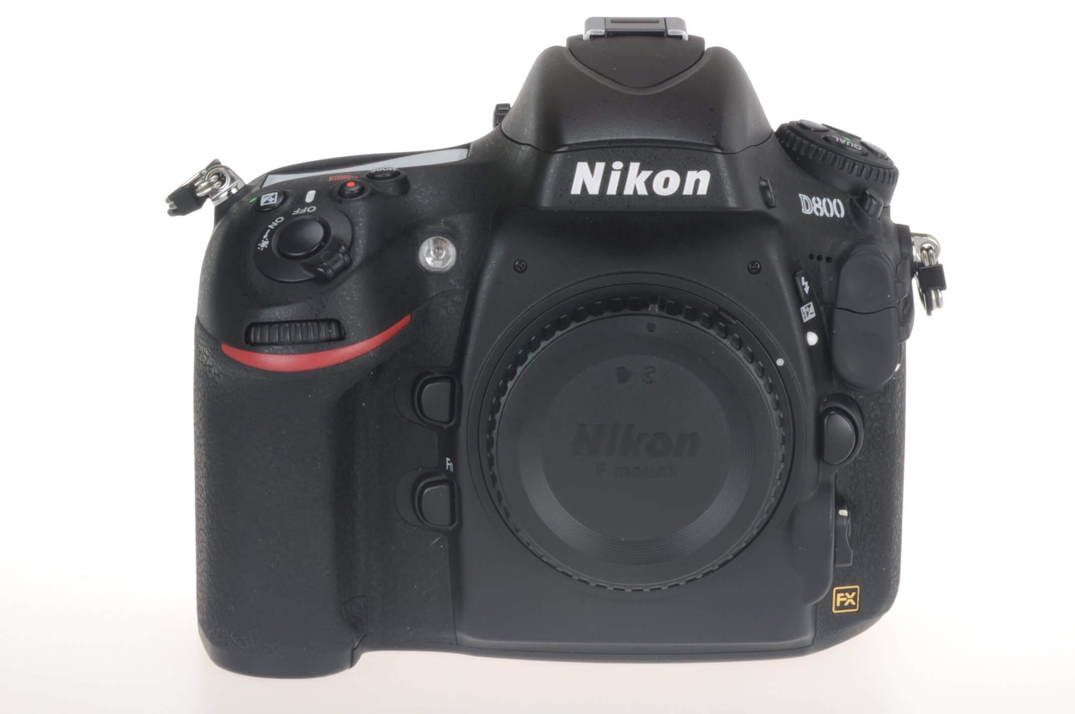 Nikon D800 body, box, 7518 actuations, virtually mint!