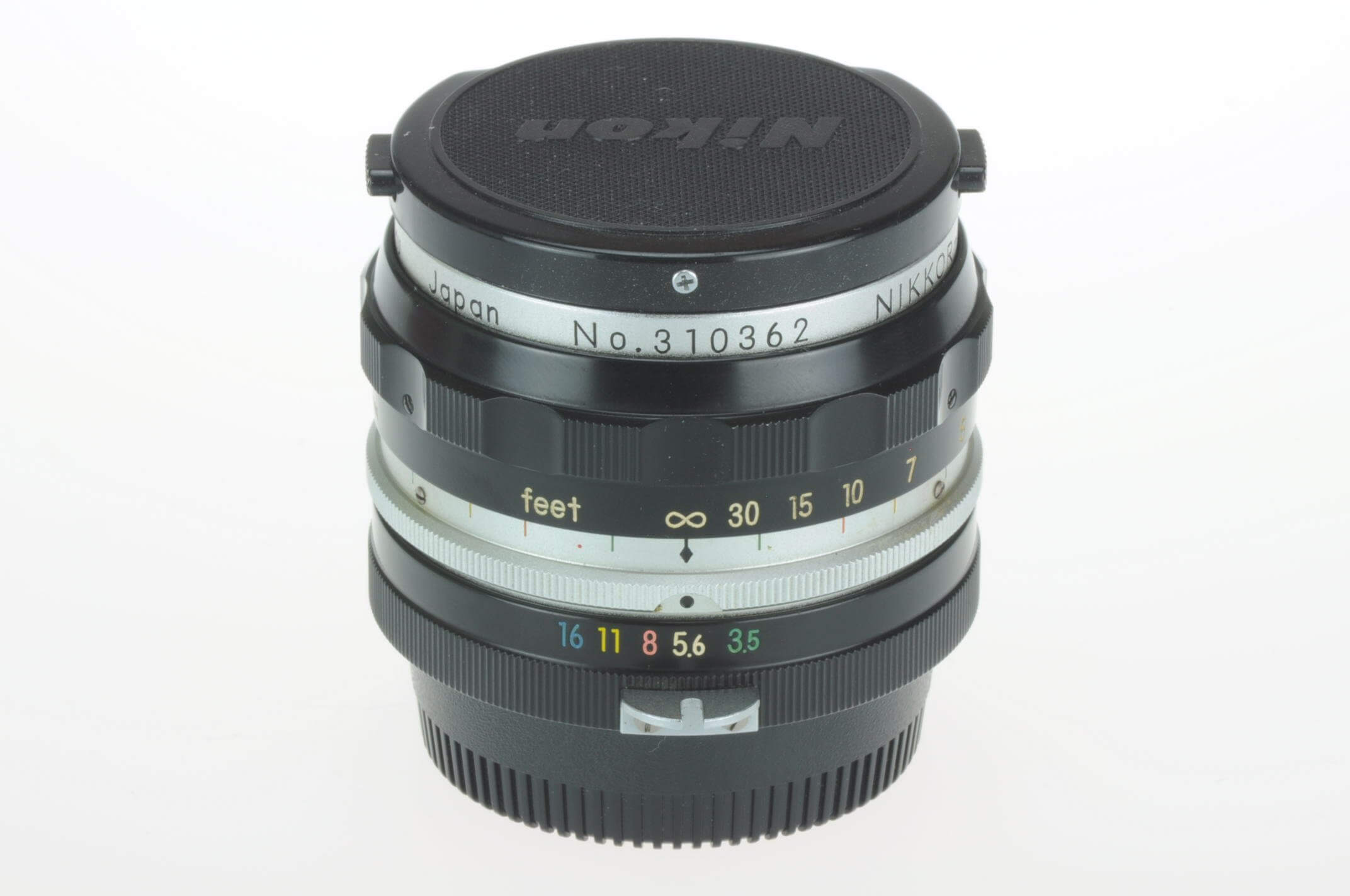 Nikon 2.8cm f3.5 Nikkor pre-AI, gorgeous condition!