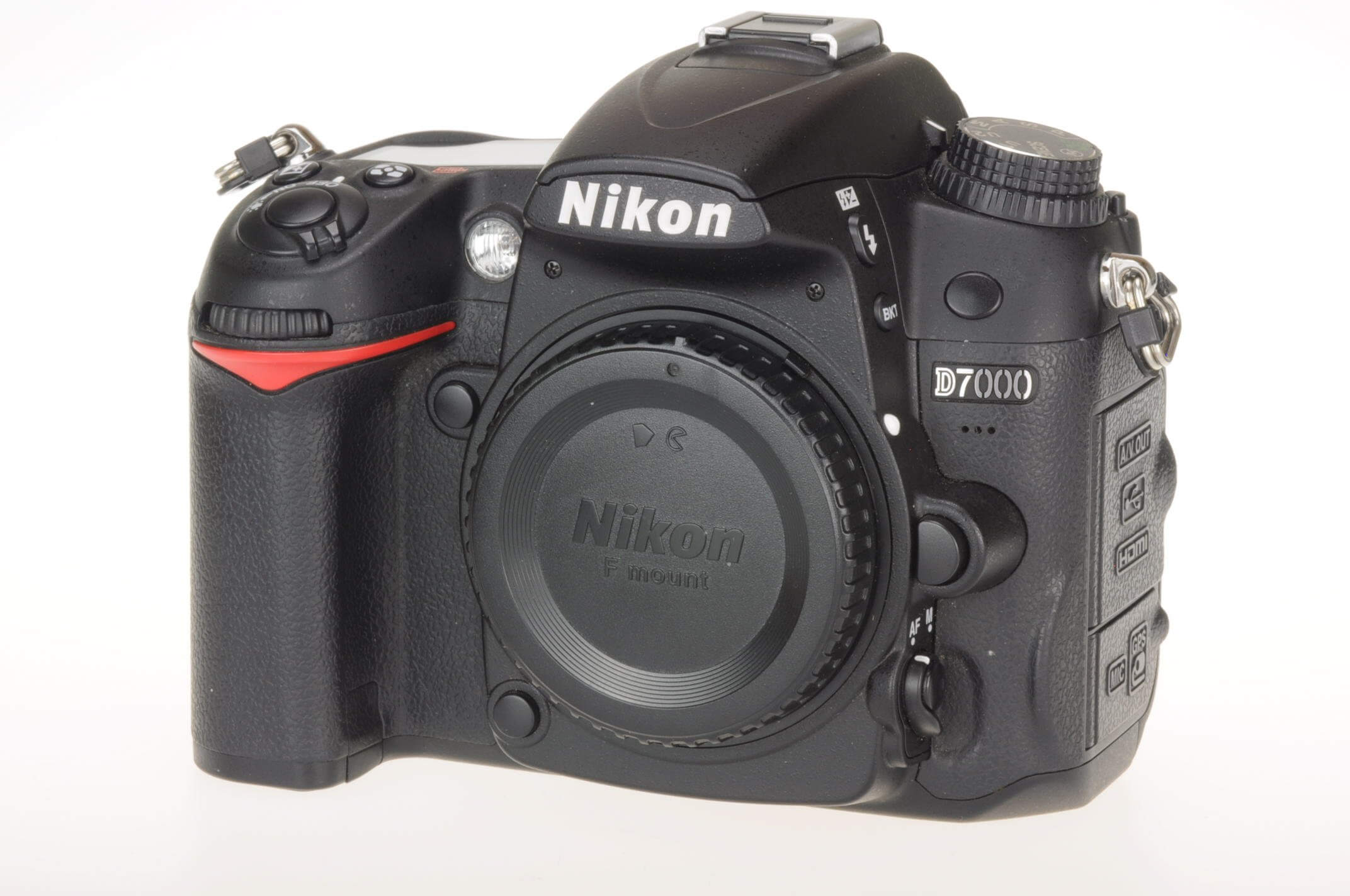 Nikon D7000 body, virtually mint!