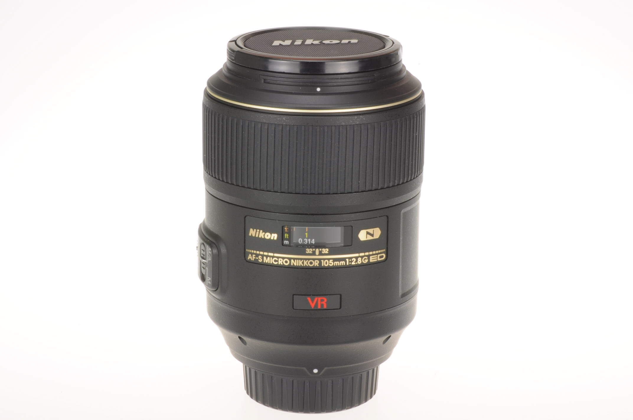 Nikon 105mm f2.8 Micro Nikkor AF-S G, stunning condition!