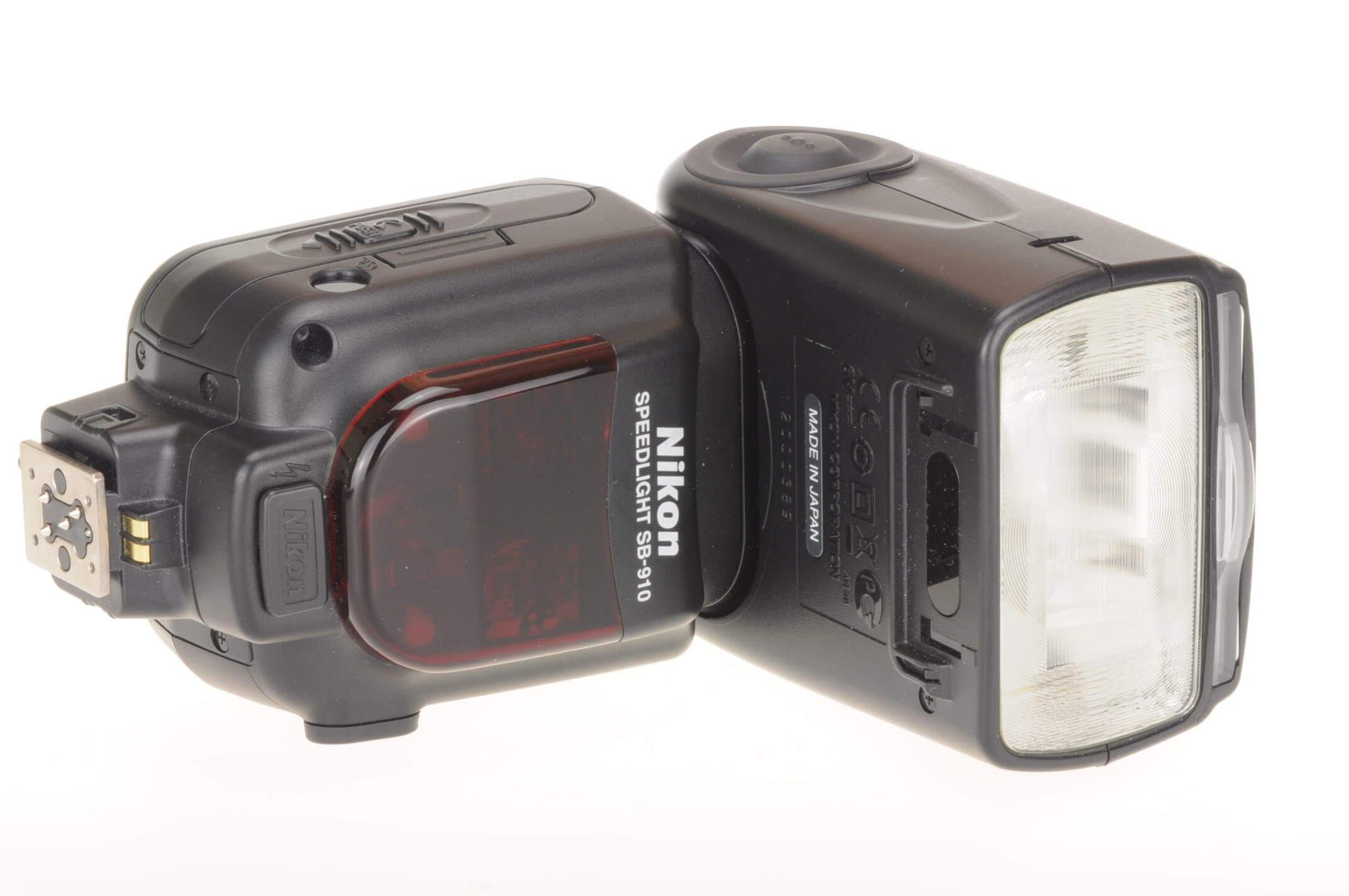 Nikon SB 910 Speedlight, excellent condition, boxed