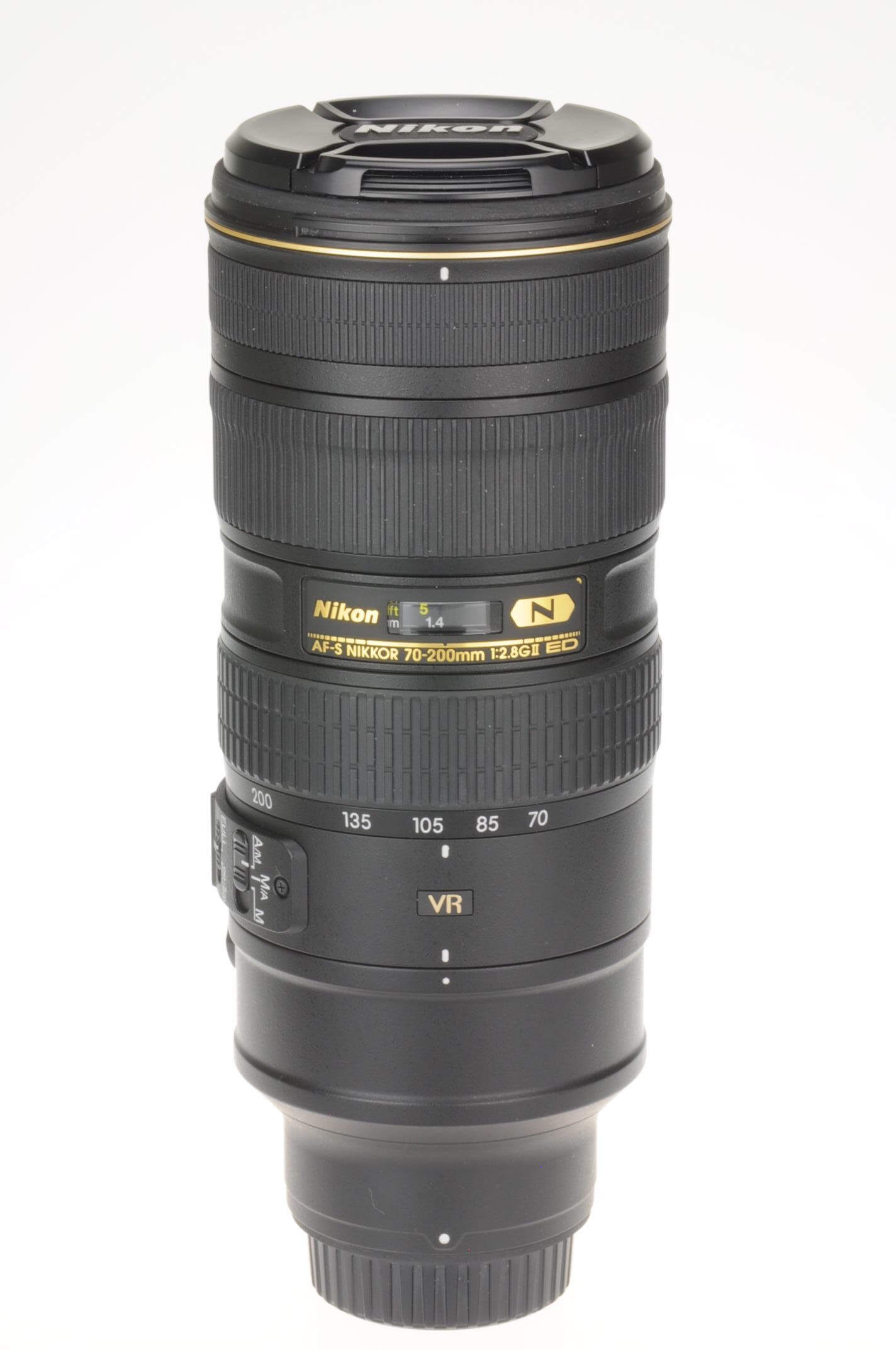 Nikon 70-200mm f2.8 AF-S G II, latest version, virtually Mint!