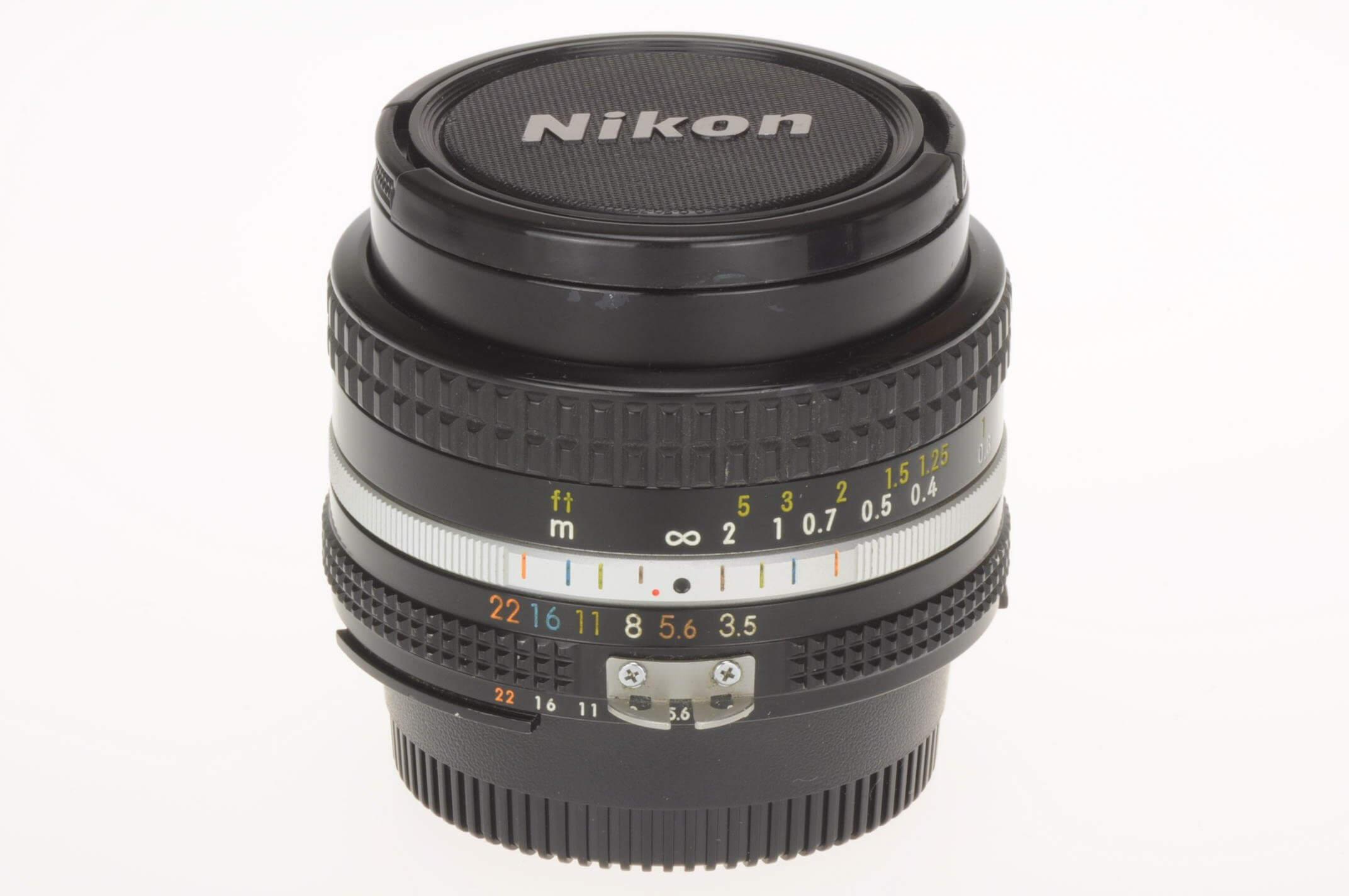 Nikon 20mm f3.5 Nikkor AIS, gorgeous, serviced!