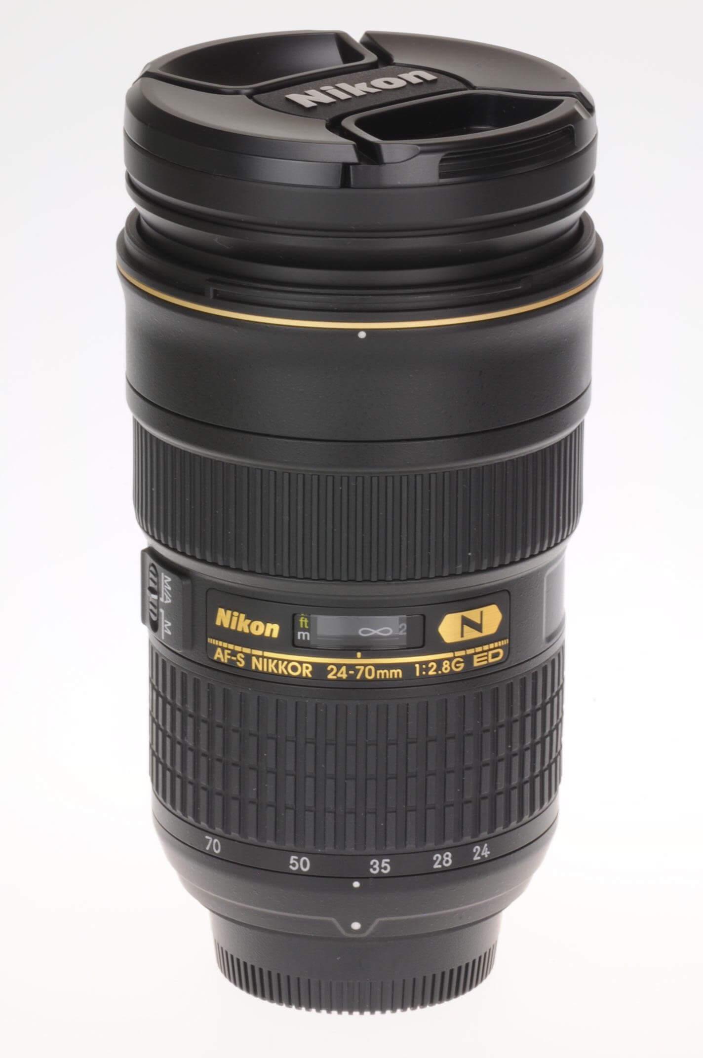 Nikon 24-70mm f2.8 AF-S G lens, 100% mint!