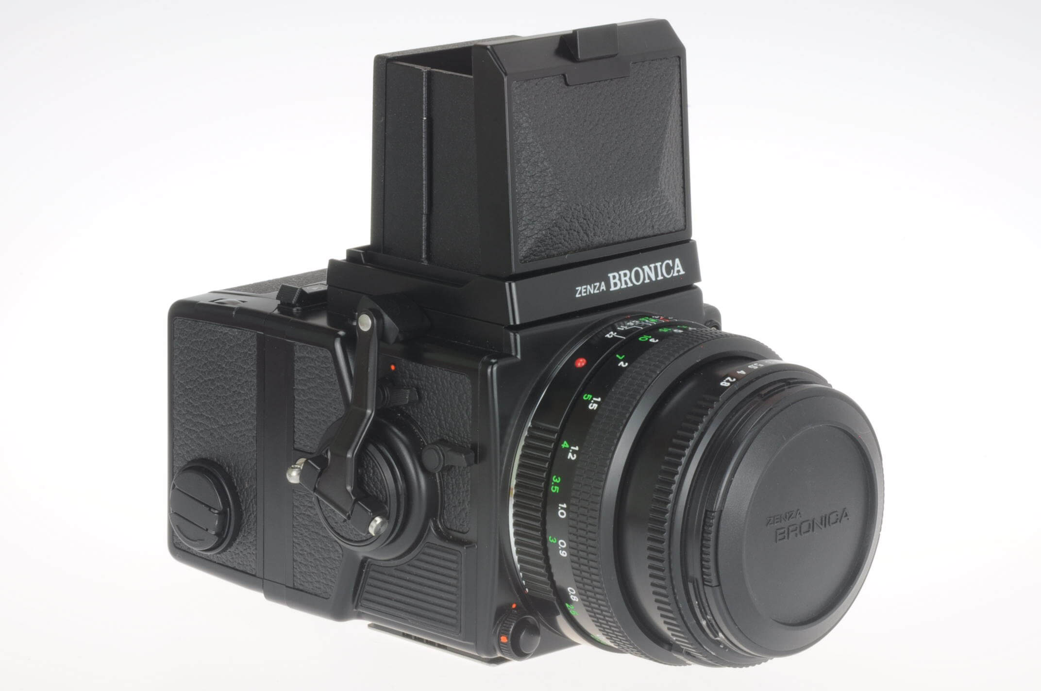 Bronica ETRSi camera complete with 75mm PE lens, 120Ei back and WLF