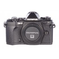 Olympus OMD E-M5 II body, 165 actuations, MINT!