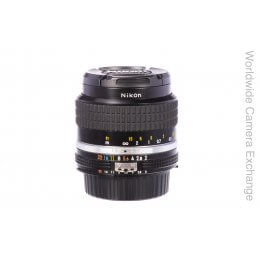 Nikon 35mm f2 Nikkor AIS, boxed and MINT!