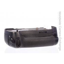 Nikon MB-D16 multi-power battery pack, genuine Nikon, virtually mint