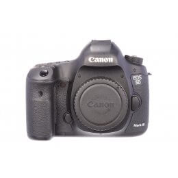 Canon EOS 5D Mark III body, almost mint