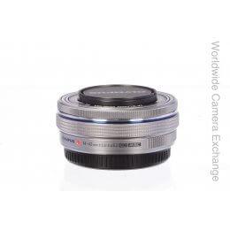 Olympus 14-42mm f3.5-5.6 M.Digital Zuiko EZ, chrome finish, MINT!