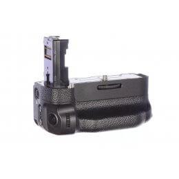 Sony VG-C2EM Vertical Grip, MINT!