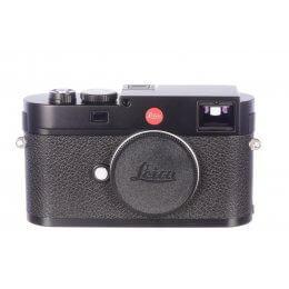 Leica M (Type 262) body, virtually unused, 575 shutter activations