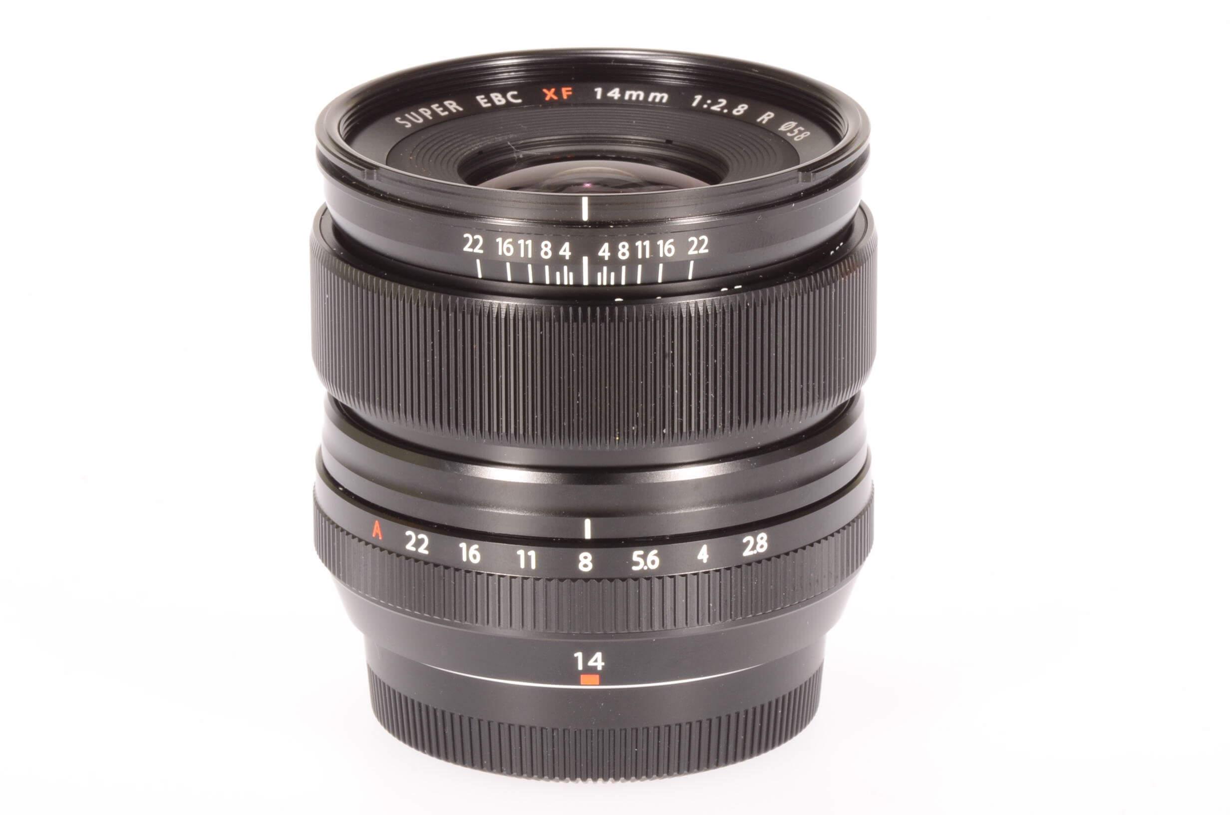 Fuji 14mm f2.8 XF R lens, UK supplied, 2 weeks old!