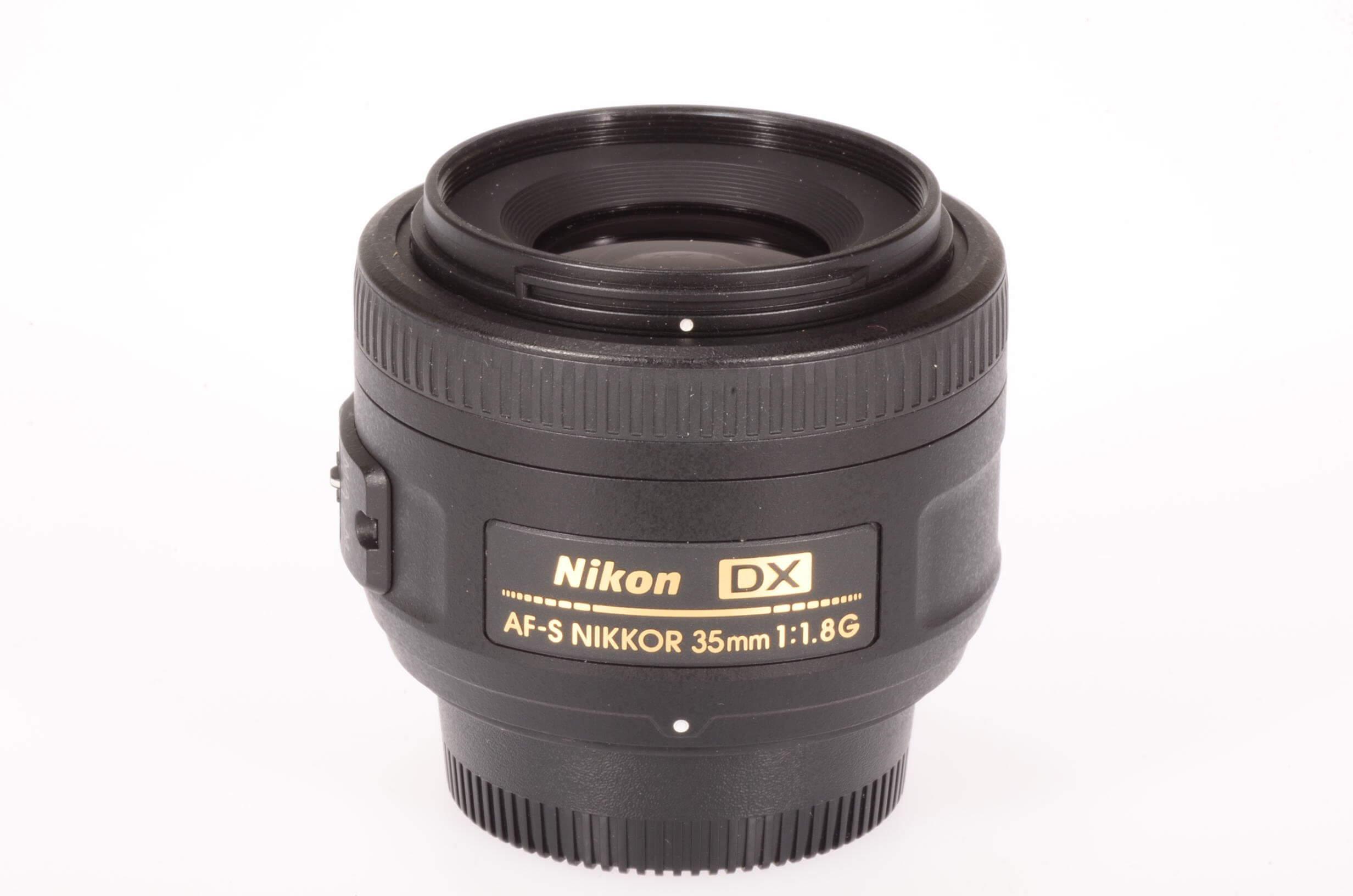 Nikon 35mm f1.8 Nikkor DX AF-S G, totally mint!