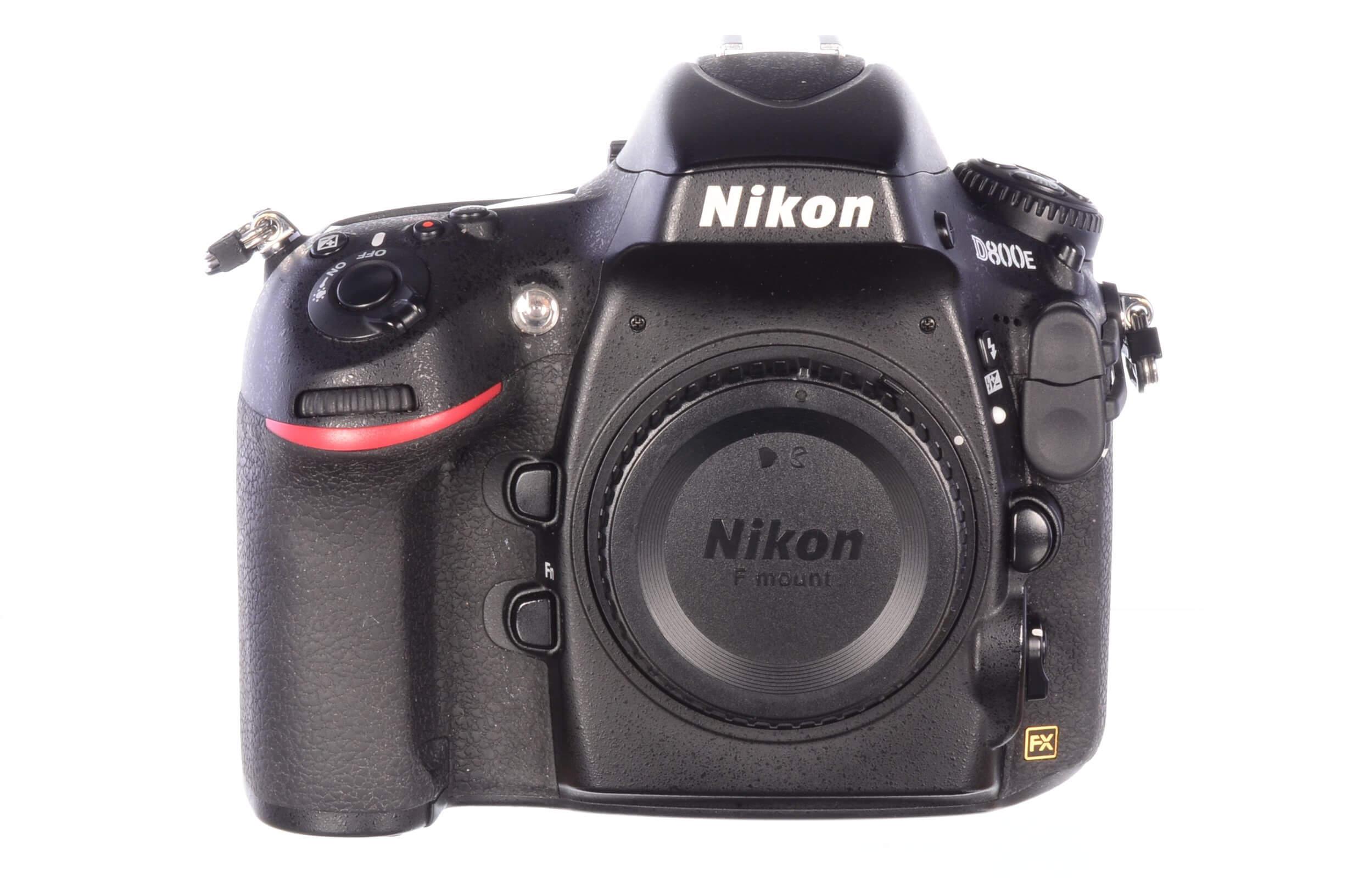 Nikon D800E body, 17100 actuations