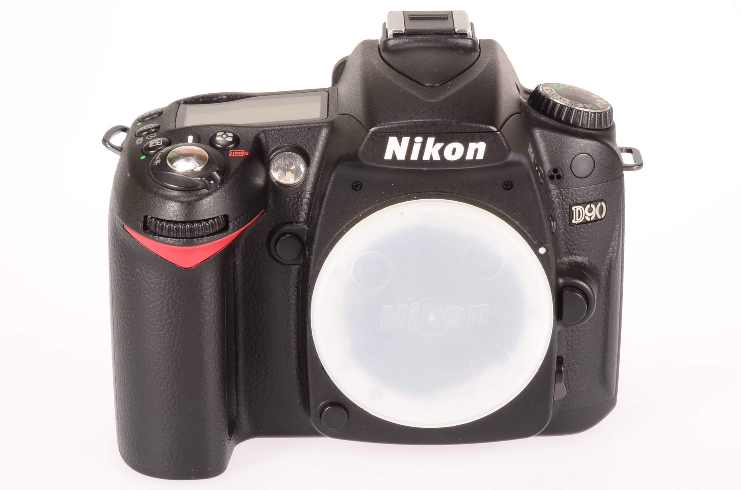Nikon D90 body, 543 actuations, virtually mint!