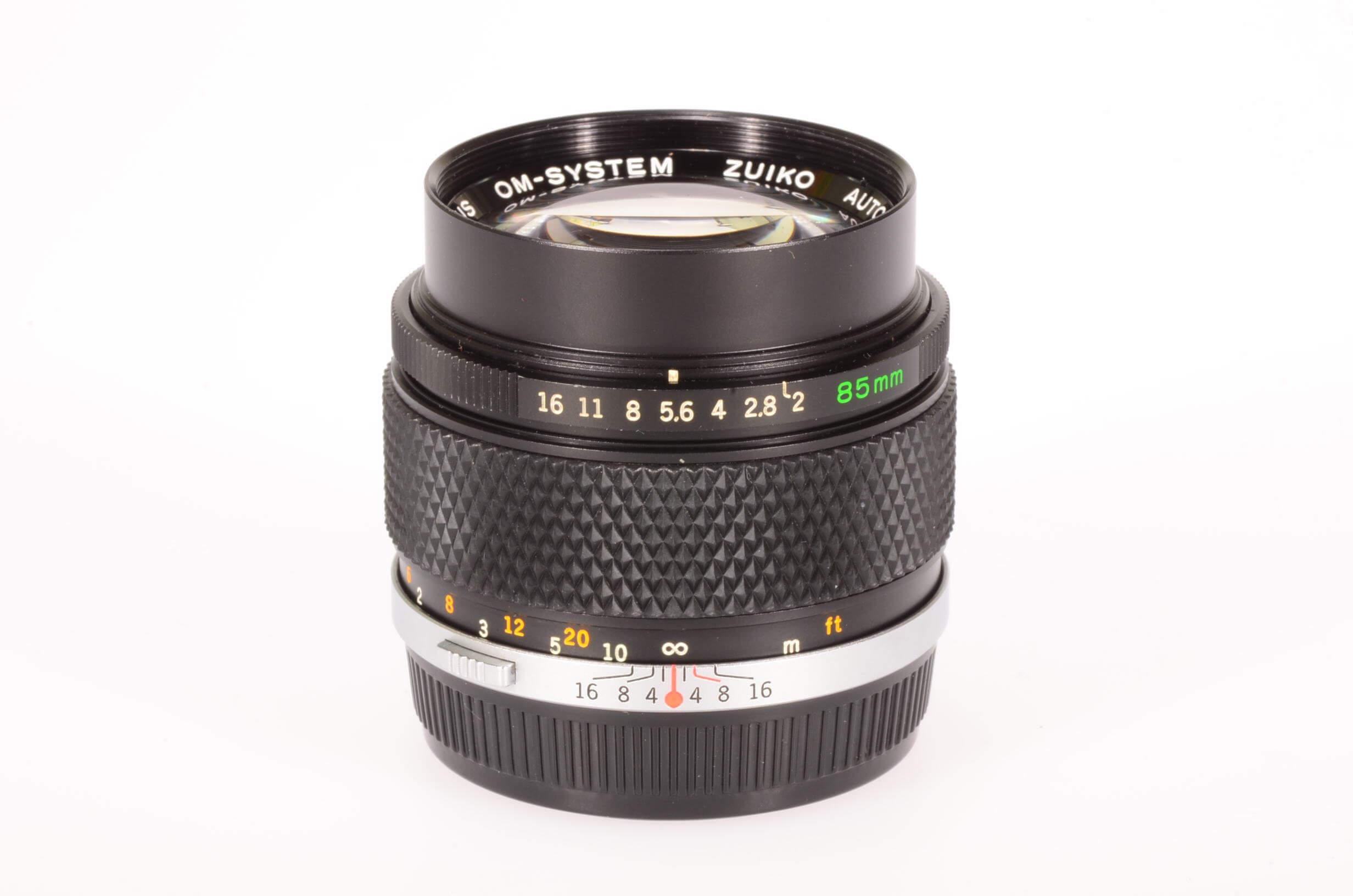 Olympus 85mm f2 Zuiko, rare, virtually mint!