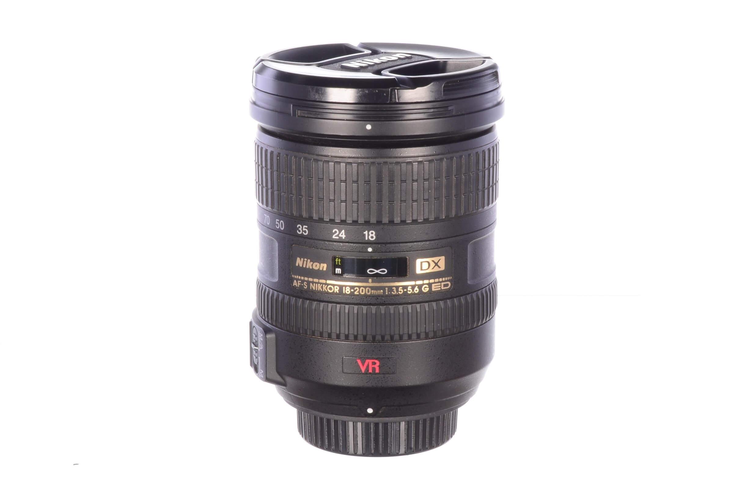 Nikon 18-200mm f3.5-5.6 AF-S G ED DX, almost mint