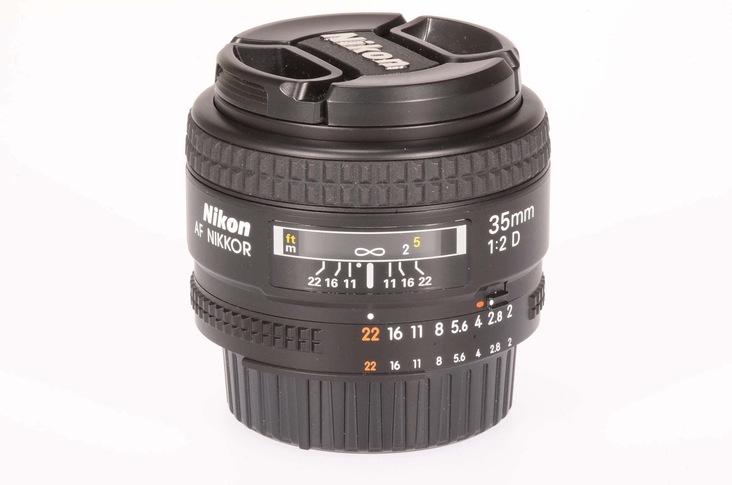 Nikon 35mm f2 AF D, boxed and 100% mint!