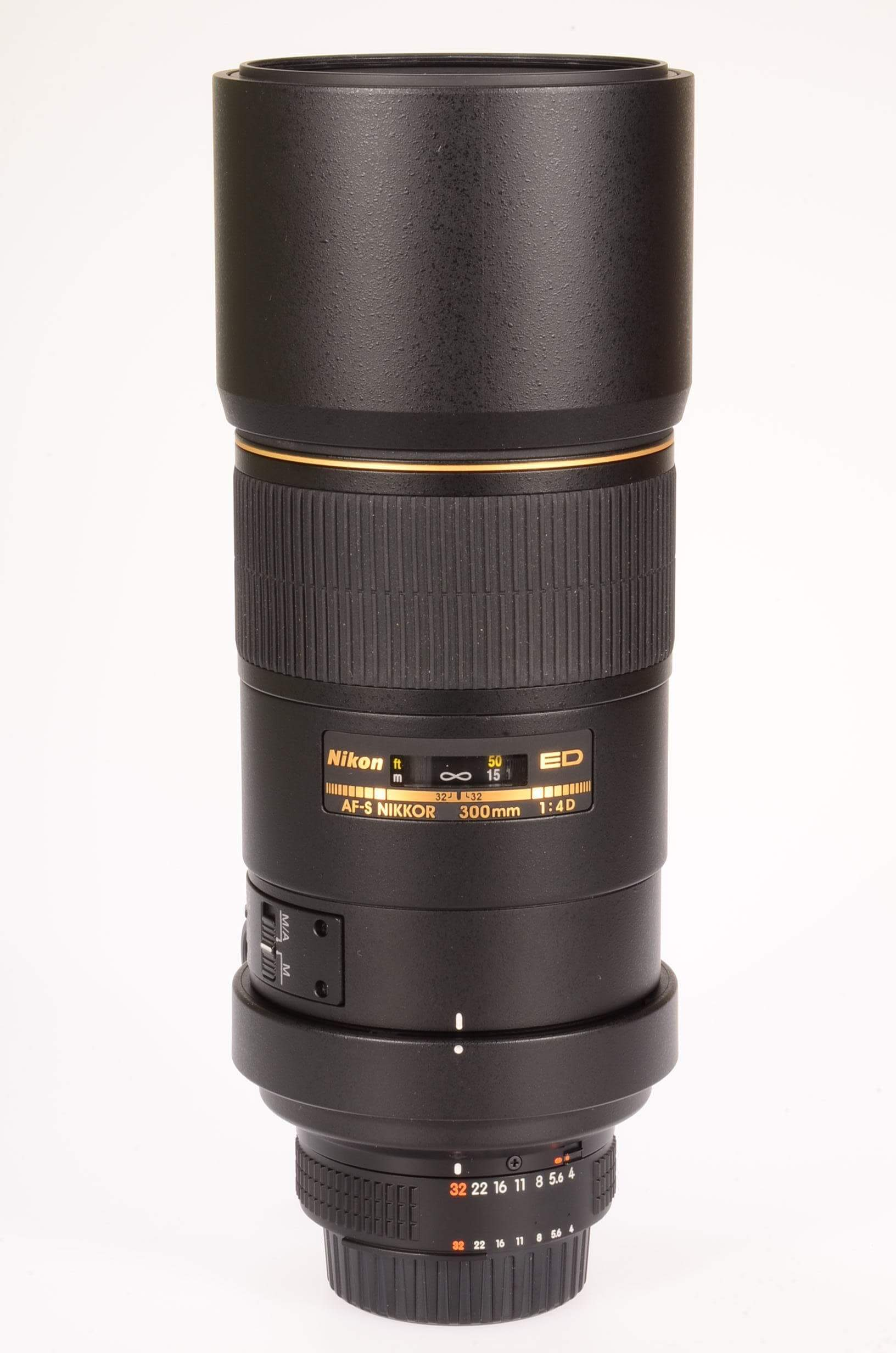 Nikon 300mm f4 AF-S IF ED, boxed and 100% mint!