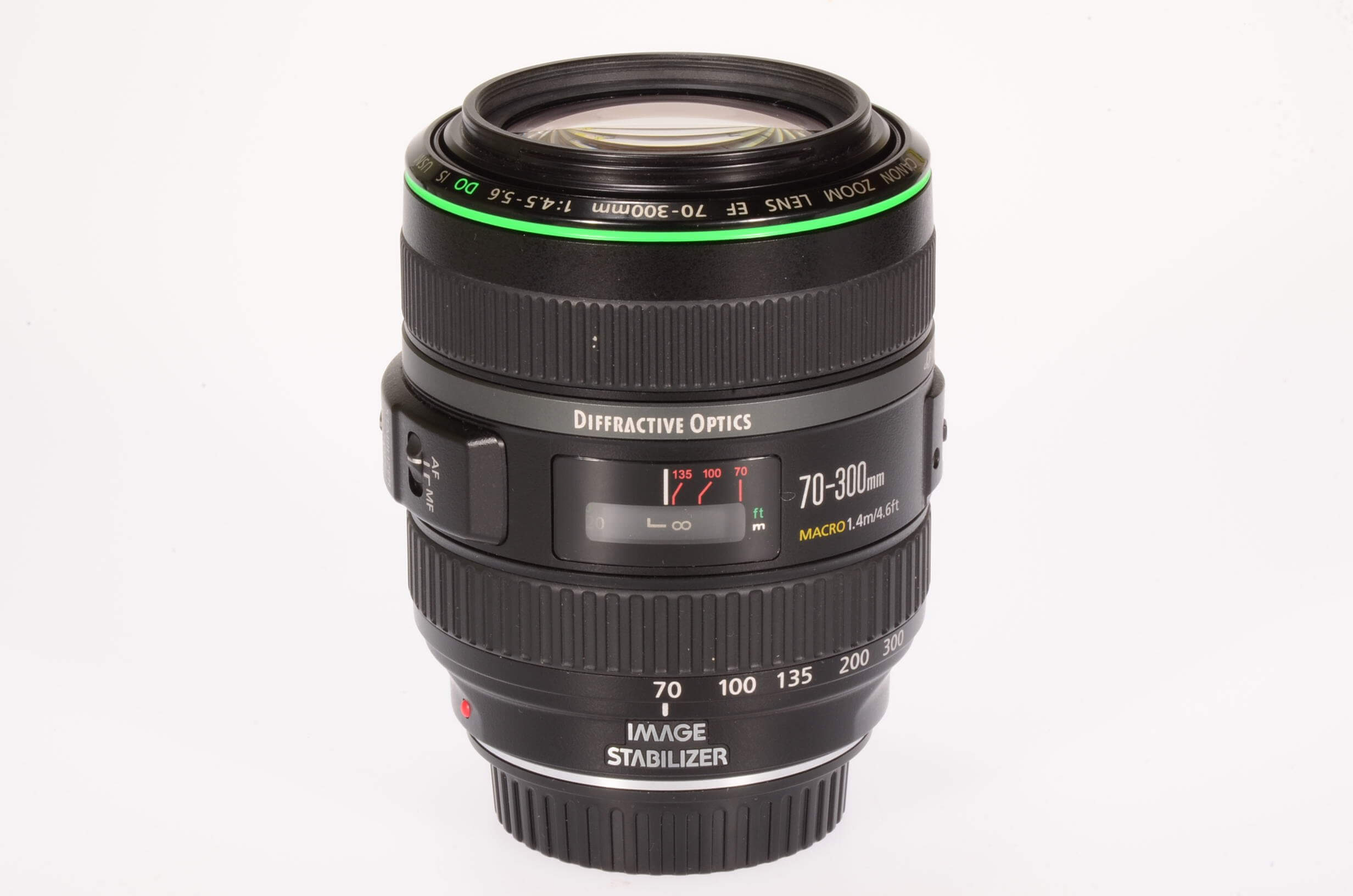Canon 70-300mm f4.5-5.6 DO IS USM, boxed and mint!