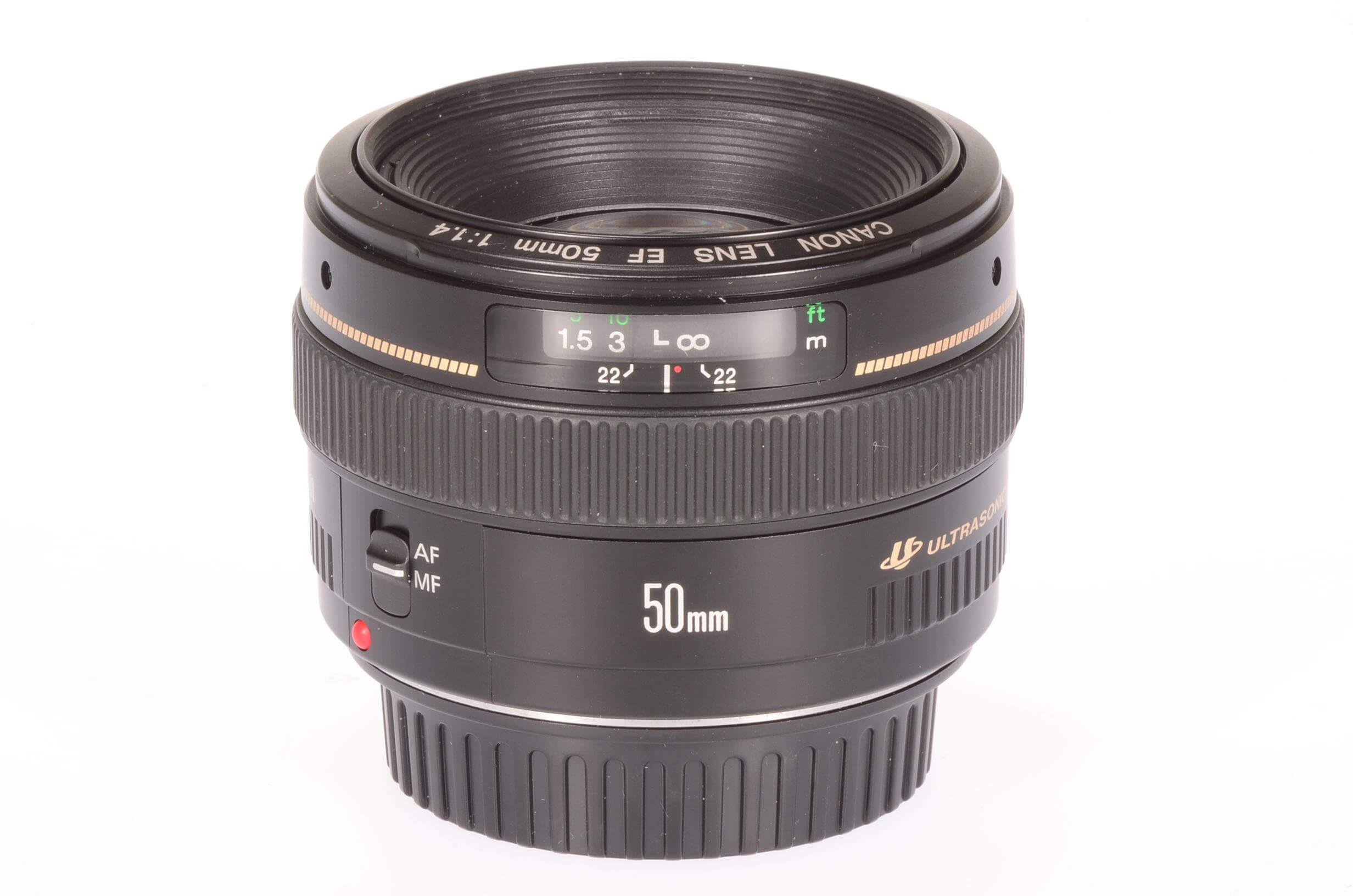 Canon 50mm f1.4 USM lens, mint!