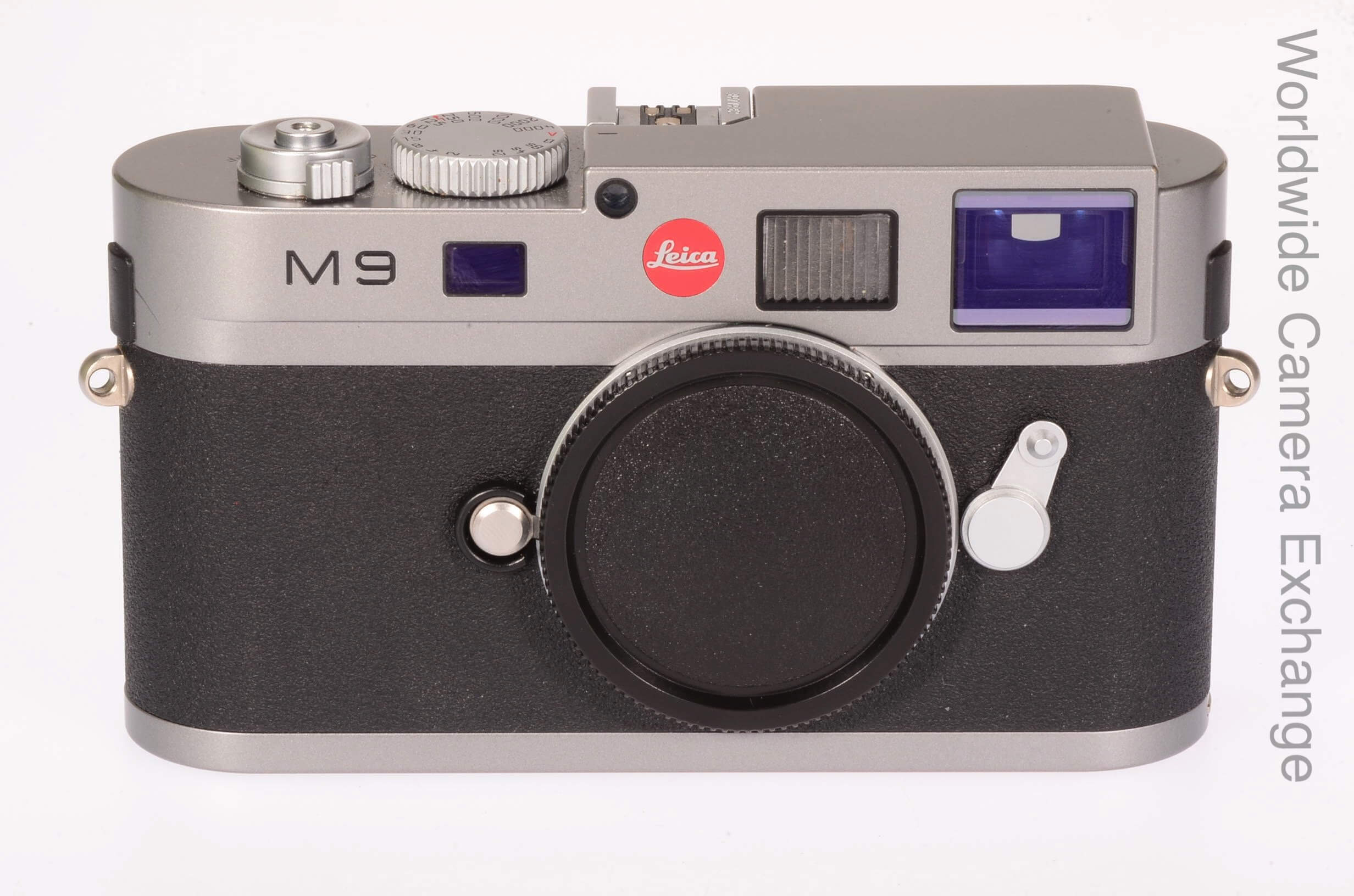Leica M9 body, 1418 actuations, virtually mint!