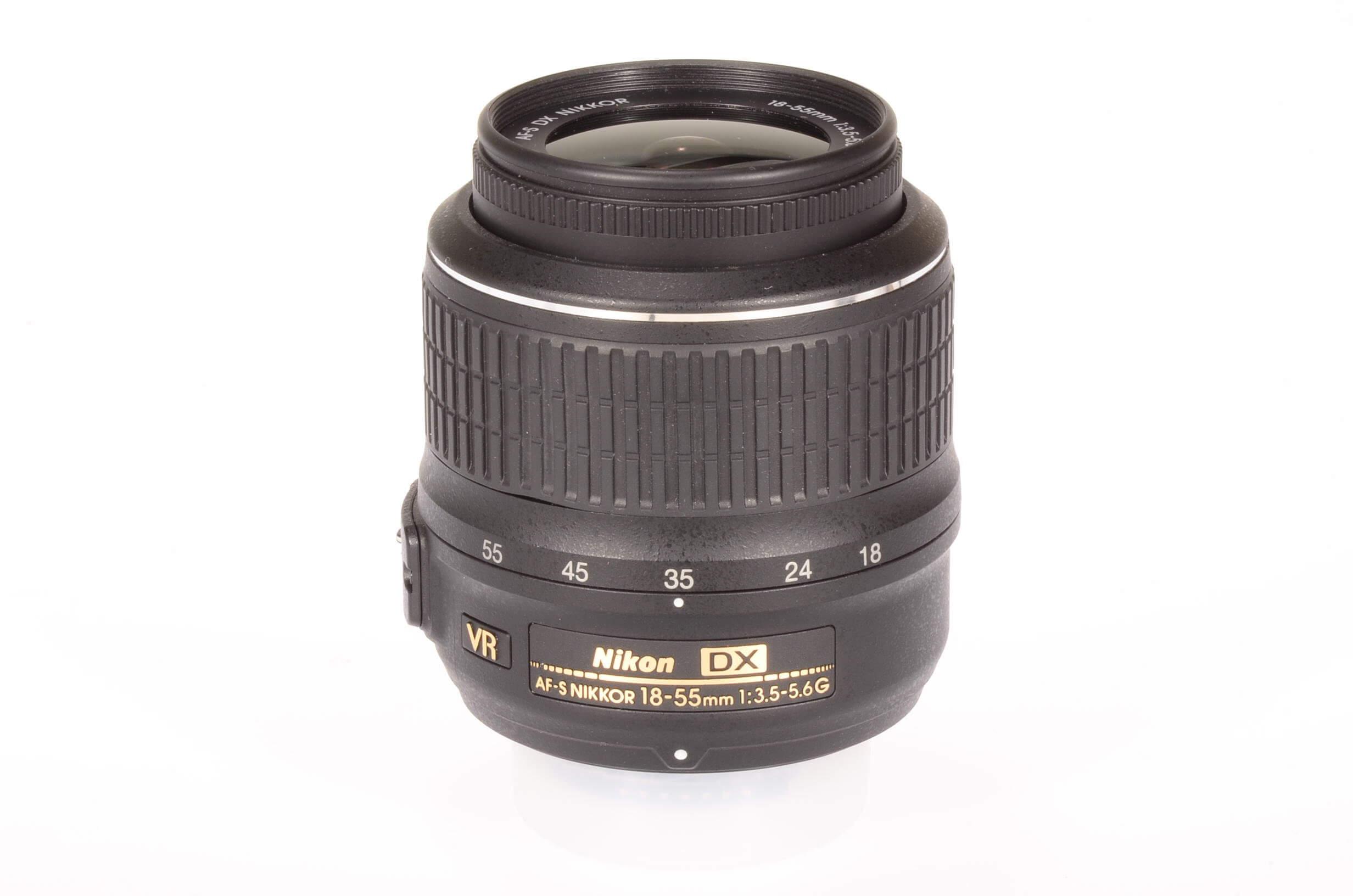 Nikon 18-55mm f3.5-5.6 AF-S Nikkor VR DX G, virtually mint